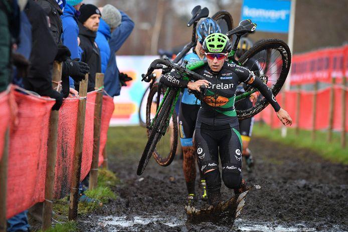 Maud Kaptheijns tijdens de Cyclocross Essen eind vorig jaar.