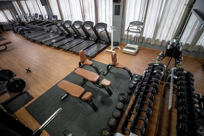 Foto ter illustratie. Een lege sportschool.