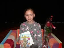 Kylie de Rooij had eerst een hekel aan lezen en is nu voorleeskampioen gemeente Boekel