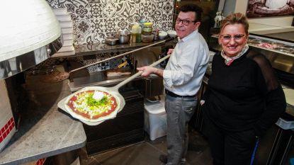 La Storia bakt traditionele pizza's op de Tramstatie