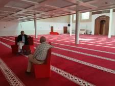 Moskeeën mogen volgende week open, maar ze hebben nog niet allemaal de coronamaatregelen op orde