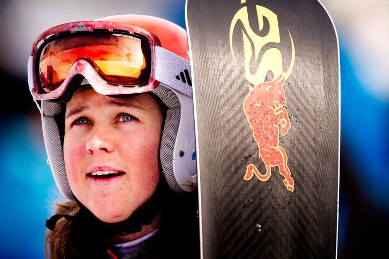 Michelle Dekker na haar tweede run op het Rosa Kuthor Alpine Center bij de parallelreuzenslalom tijdens de Olympische Winterspelen in Sotsji.  Beeld ANP