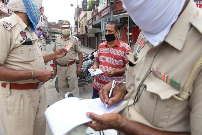 Controles in India.