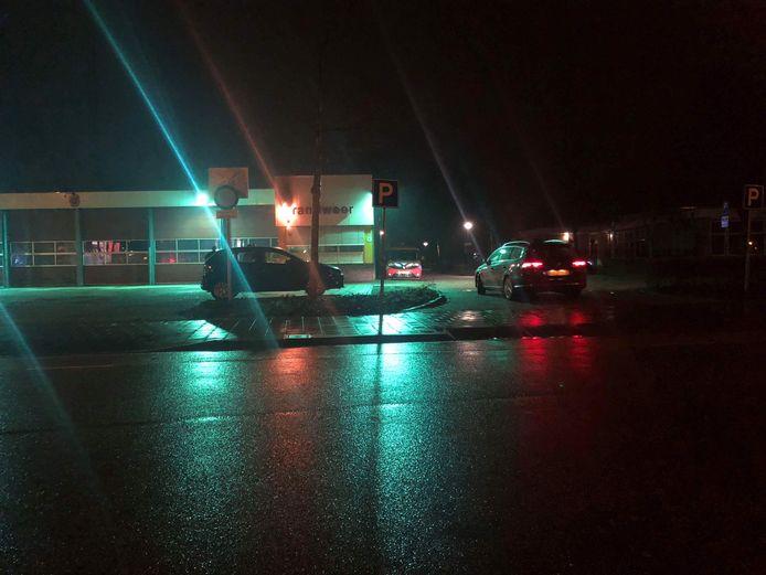 De brandweer kreeg een melding dat er brand was in de eigen kazerne.
