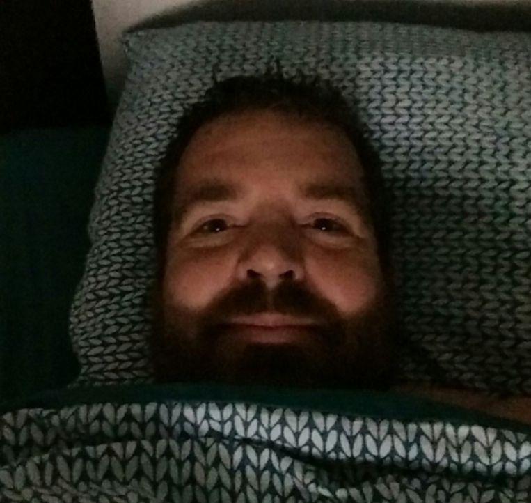 Deze jongeman lag deze nacht in elk geval #safeinbed!