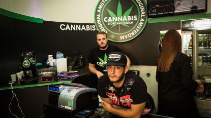 In Italiaanse winkelstraten walmt de cannabis-light je tegemoet