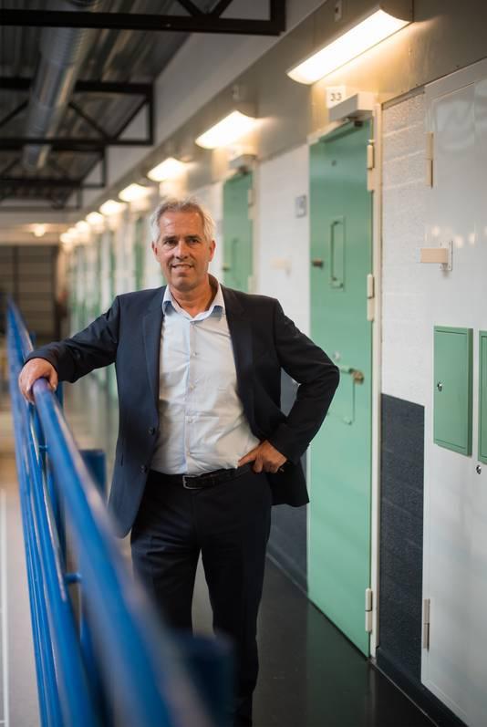André Aarntzen in de gevangenis.