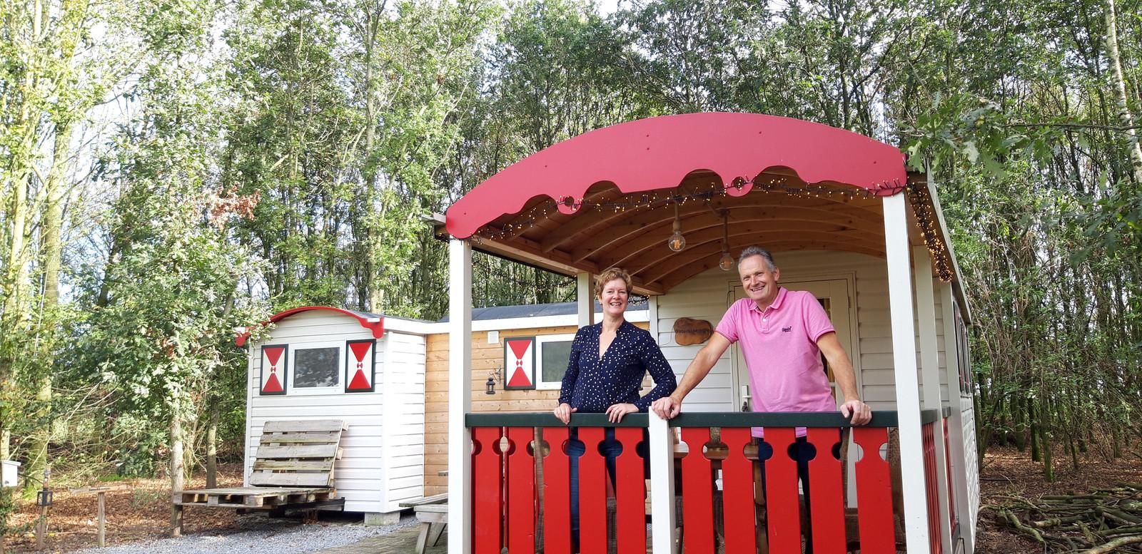 Twan en Jacqueline Bouwmans van Pipowagen Camping Someren-Heide.