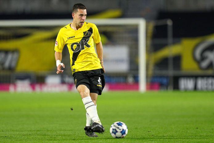 Thom Haye in actie tegen FC Den Bosch.