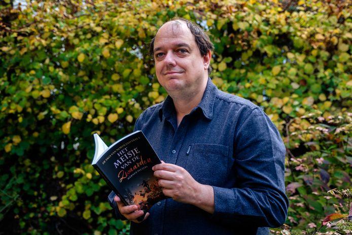 Wiskundeprof Werner Peeters brengt het derde deel van zijn fantasyreeks 'Saga van Nordland' uit.