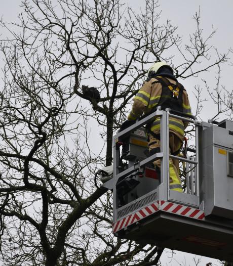 Mogelijk minder bluswagens door tekort brandweer