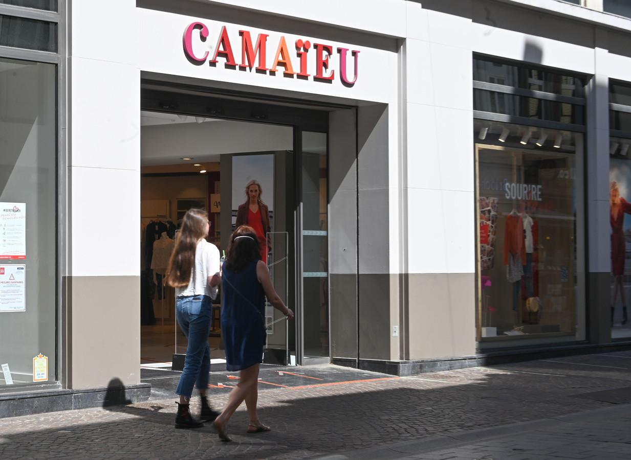 Corona nekt Belgische Camaïeu-kledingwinkels.