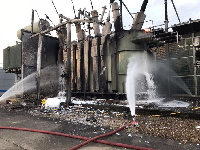 De uitgebrande generator wordt continu gekoeld met water in Hummelo.