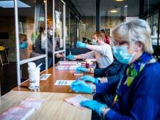 70-plussers mogen toch Leidse stembureaus bemensen