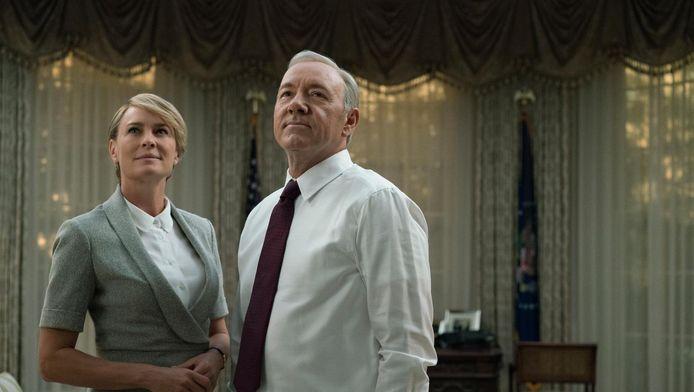 Robin Wright en Kevin Spacey als Claire en Francis Underwood in House of Cards. Netflix onderzoekt de mogelijkheden voor een spin-off van de populaire serie.