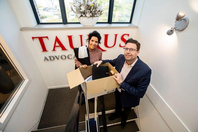 Jeanin en Jeroen Bouwman. Ze zijn van Taurus Advocaten en gaan op 1 januari (mede door corona) hun kantoor naar huis verplaatsen.