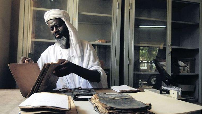 Geschriften uit het instituut Ahmed Baba, die niet in handen kwamen van djihadisten en dus gespaard bleven. Beeld ap