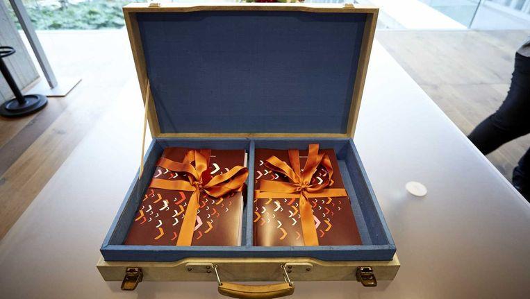 De inhoud van het koffertje van Dijsselbloem. Beeld anp
