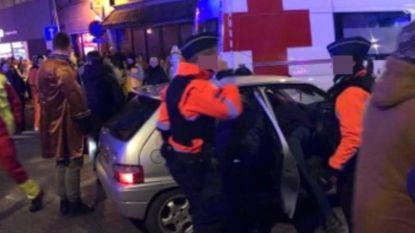 """Bestuurder die inreed op carnavalstoet Aalst vrijgelaten, burgemeester woedend: """"Politie doet z'n werk, justitie helaas niet"""""""