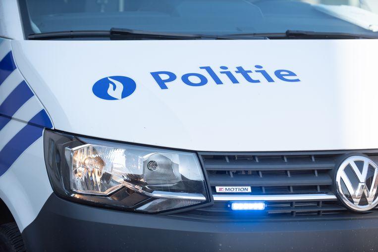 Illustratiebeeld - De politie controleerde de bromfiets.