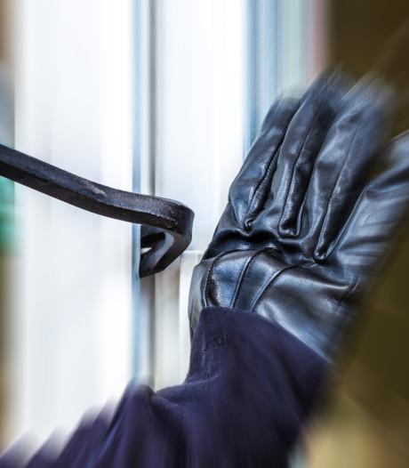 Haaksbergse vrouw houdt verdachte staande die nog celstraf had openstaan