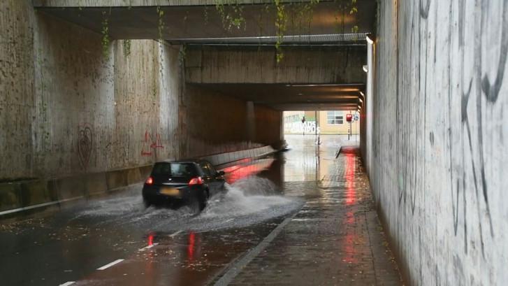 Water in Prinsessetunnel stond nét te laag voor primeur in Enschede