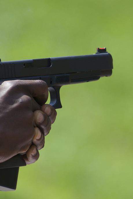 Jongeren met nepwapens in Sint-Annaland