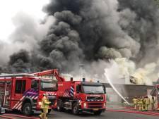 Zeer grote brand bij champignonkwekerij in Gemert, sein brandmeester gegeven