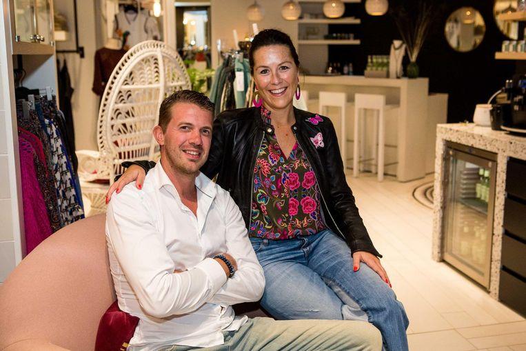 Stefaan Vangheluwe en Nele Verstraete van Lilola in de Langestraat.