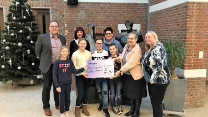 Gemeentelijke basisschool schenkt 1.500 euro aan Welzijnsschakels