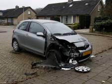 Auto vernield in Heijen, vermoedelijk door zwaar vuurwerk