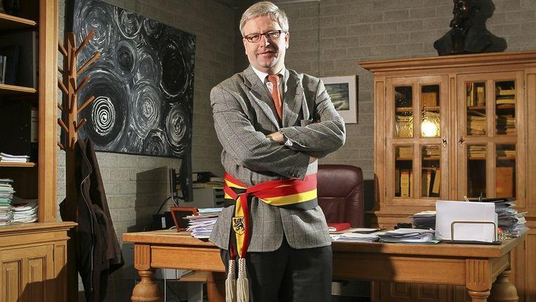 Jan Peeters (sp.a) blijft burgemeester.