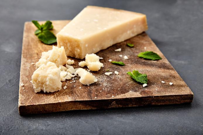 Beroemd Kaasmakers in rep en roer: warm weer nekt de Parmezaanse kaas #RI78