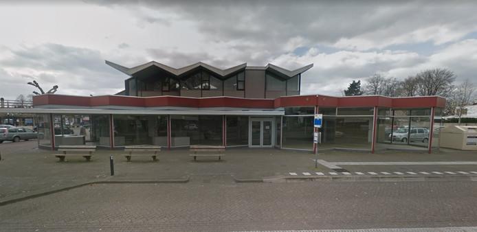Het winkelpand op Wilhelminaplein 8 in Someren.