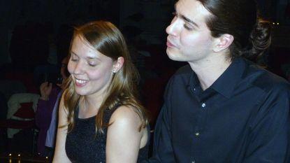 Pianoduo Symbiosis speelt voor Filip en Mathilde in Herentals