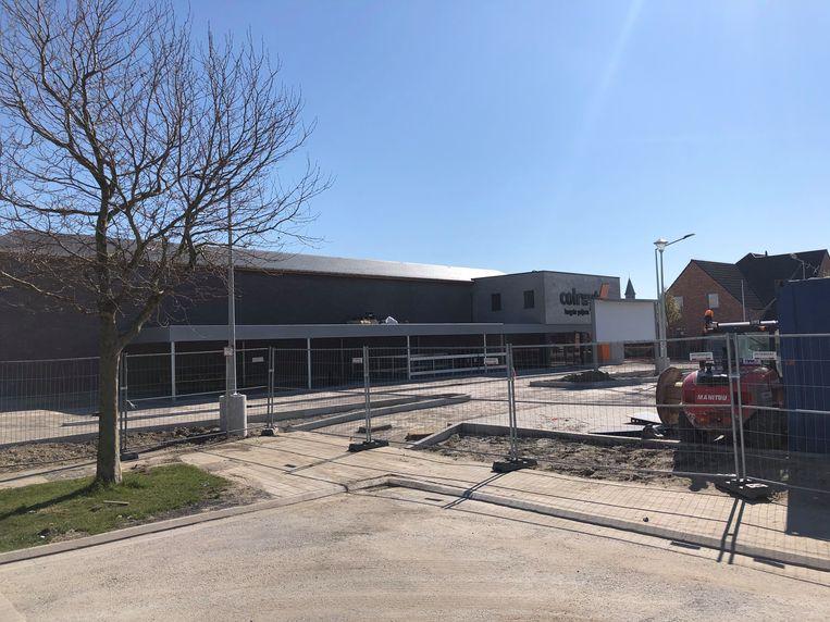 Colruyt stelt de heropening van hun winkel in Bredene uit.