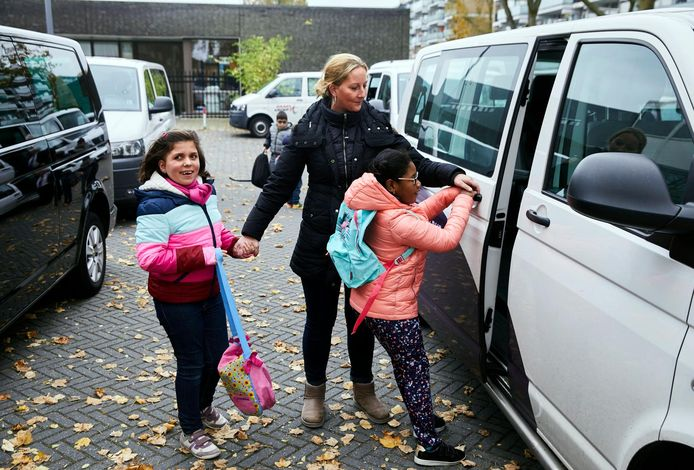 Leerlingenvervoer (foto ter illustratie, niet in Helmond).