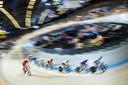 Sfeerbeeld van Kirsten Wild (midden) tijdens de vrouwen scratch finale op het Europees kampioenschap Baanwielrennen.
