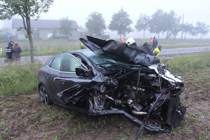 Lieselot M. conduisait à plus de 155 km/h au lieu de 90 avant de percuter la Porsche 911 arrivant en sens inverse.