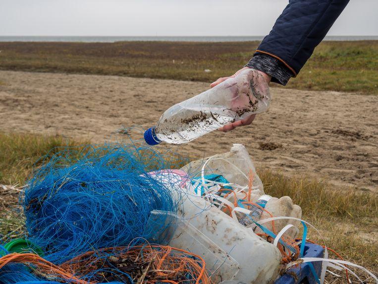 Plastic uit de Noordzee. Beeld Colourbox