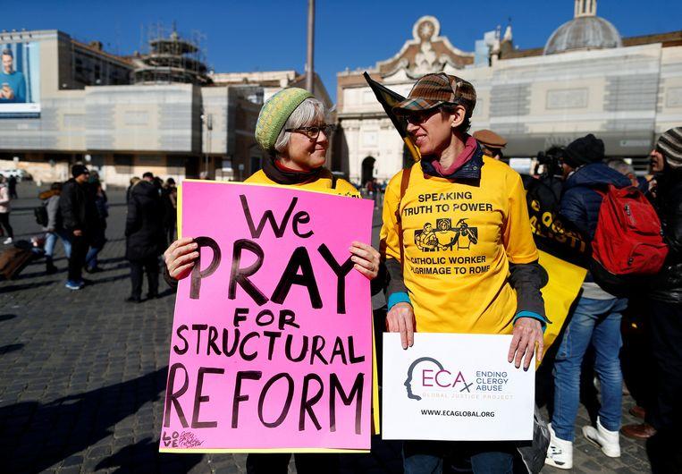 Demonstraties in Rome tijdens de misbruiktop de afgelopen vier dagen. Beeld REUTERS