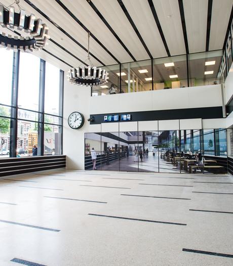 Nieuwe wachtruimte en Smullers open: passage bijna klaar, maar werk aan station gaat nog jaren door