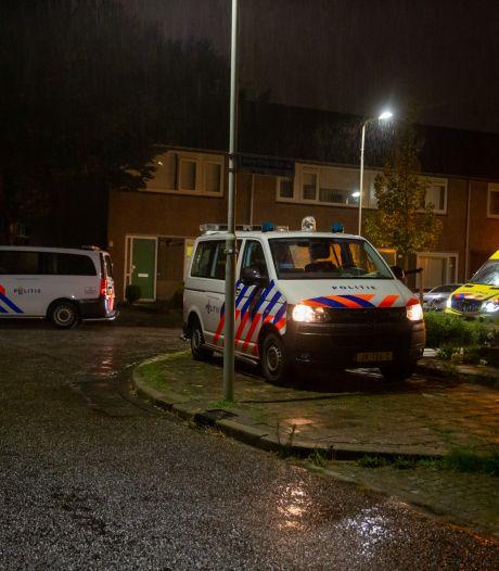 Man raakt diep in de nacht gewond in Roosendaal en moet naar het ziekenhuis