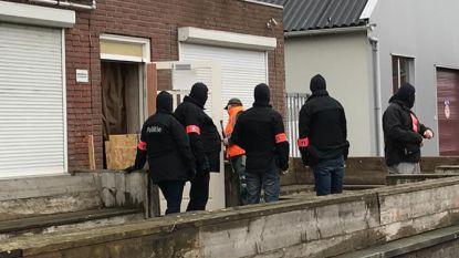 Wapens en drugs gevonden bij motorclub No Surrender in Poppel