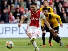 Ajax laat in de tweede helft niks heel van NAC: 5-0