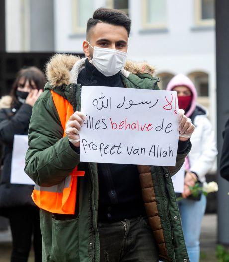 Jonge moslims bijten van zich af met demonstratie in Arnhem