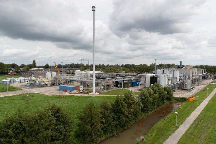 Sachem Europe bv in Zaltbommel is een van de risicovolle bedrijven op de Gelderse lijst. De foto is gemaakt in 2018, toen er een verbouwing gaande was. Omdat Sachem op de Brzo-lijst staat, wordt het bedrijf extra gecontroleerd.