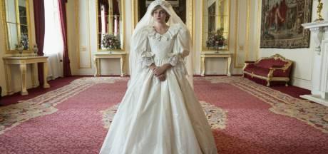 """La robe de mariée de Diana recréée pour la nouvelle saison de The Crown: """"Quatre mois de travail, des milliers d'euros"""""""