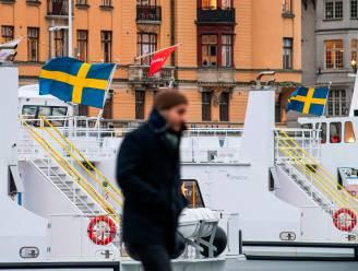Na opstoot van aantal besmettingen en coronadoden zakt vertrouwen Zweedse bevolking in aanpak regering