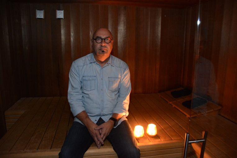 Dirk Paternoster moet de deuren van zijn sauna- en welnesscomplex noodgedwongen gesloten houden.